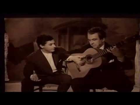 """Niño Ricardo tocando bulerias en la pelicula """"Cafe de Chinitas"""" en el año 1969"""
