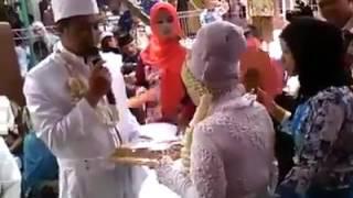 ماليزية علمت أن سورة الرحمن عروس القرآن فاشترطت أن تكون مهرها و تسمعها من العريس ليتم الزفاف