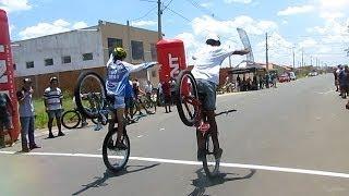 Campeonato brasileiro de Wheeling Bike - HANG TEN 2014 (RL sem as mãos)