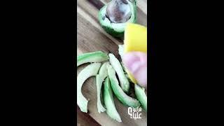 سلطة الأفوكادو بالتفاح Avocado Apple salad