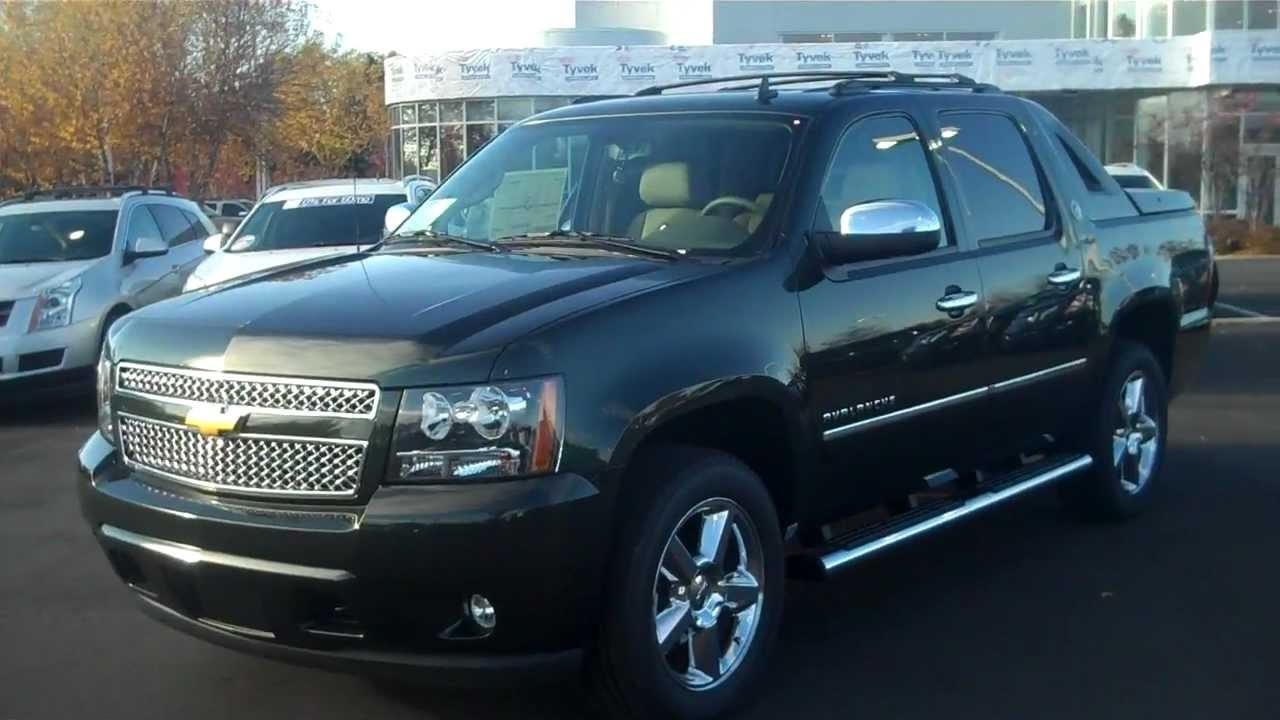 2013 chevrolet avalanche ltz fairway green metallica autos post. Black Bedroom Furniture Sets. Home Design Ideas
