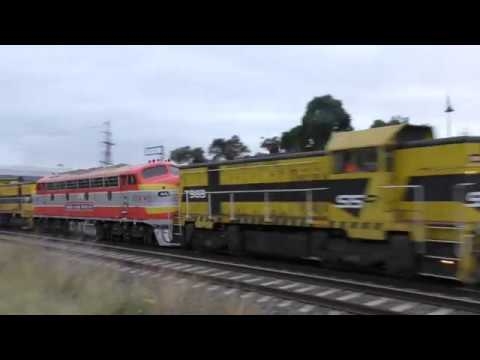 Victorian Railways Locomotive B65 Auscision returns to Victoria
