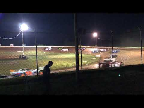 Skyline speedway late model feature