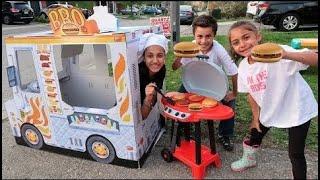 Heidi e Zidane fingem Brincando de Cafe com Food Truck de brinquedo para crianças