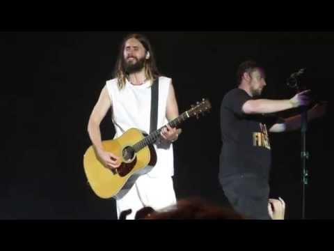 Jared Leto singing The Kill without a microphone (Live in Estonia, 2014) [HD]