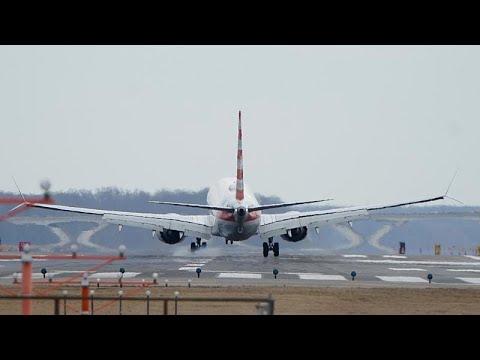 Boeing 737 MAX espera