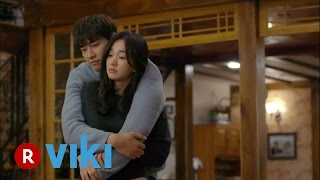 Video The Man Living in Our House - EP 13  Kim Young Kwang Gives Soo Ae a Back Hug download MP3, 3GP, MP4, WEBM, AVI, FLV Januari 2018