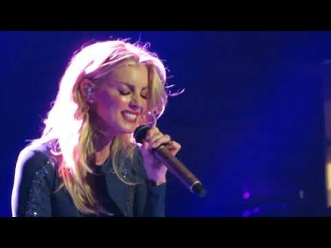 Faith Hill - Breathe - LIVE Front Row Denver 1AUG2017