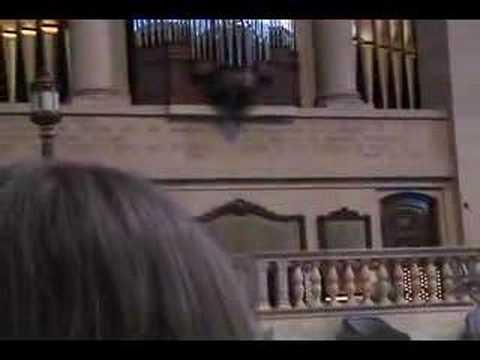 Organ at the Christian Science Church