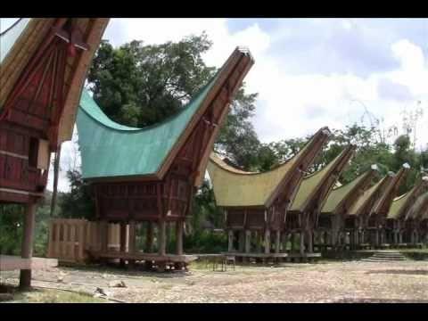 Nanggala - Tana Toraja  - Wisata Tana Toraja - South Sulawesi - Indonesia Travel Guide (Tourism)