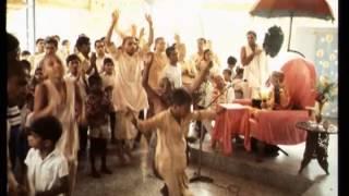 Very Risky Life If We Do Not Awaken Our Divya-Jnana - Prabhupada 0454