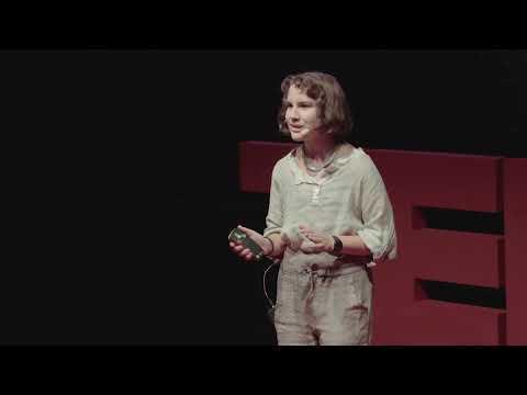 Öğrenmek İçin Okulu Bıraktım | Çağla Karaali | TEDxKAS