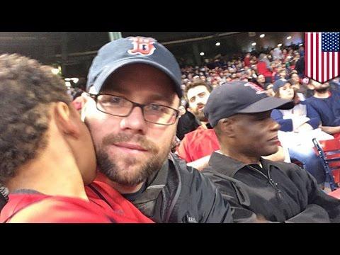 Racism in baseball: Boston Red Sox ban racist fan for life amid Adam Jones abuse row - TomoNews