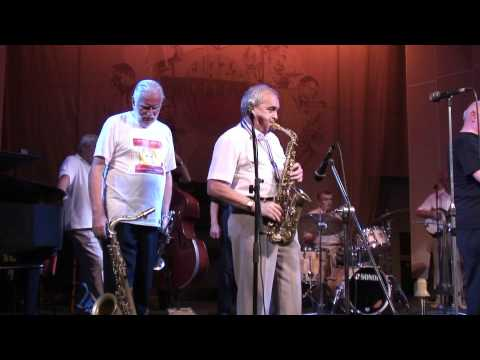 NOC Jazzband at Jazz-Phil Hall St. Petersburg feat. John Evers - When you are smiling