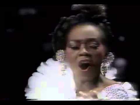 Inauguração da TV Manchete em 1983 Watusi canta My Way PARTE 6