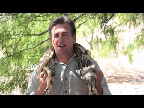 How to Tie A Shemagh Scarf with NatGeo s Doomsday Prepper Tim Ralston