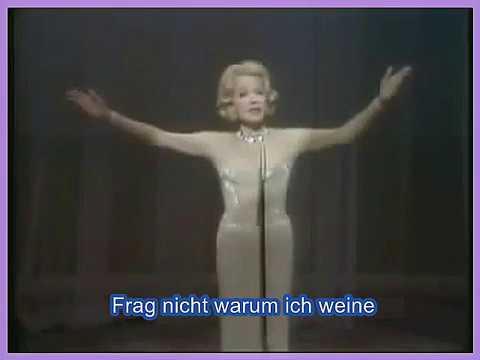Marlene Dietrich -  Das Lied Ist Aus (Frag Nicht Warum) (karaoke)