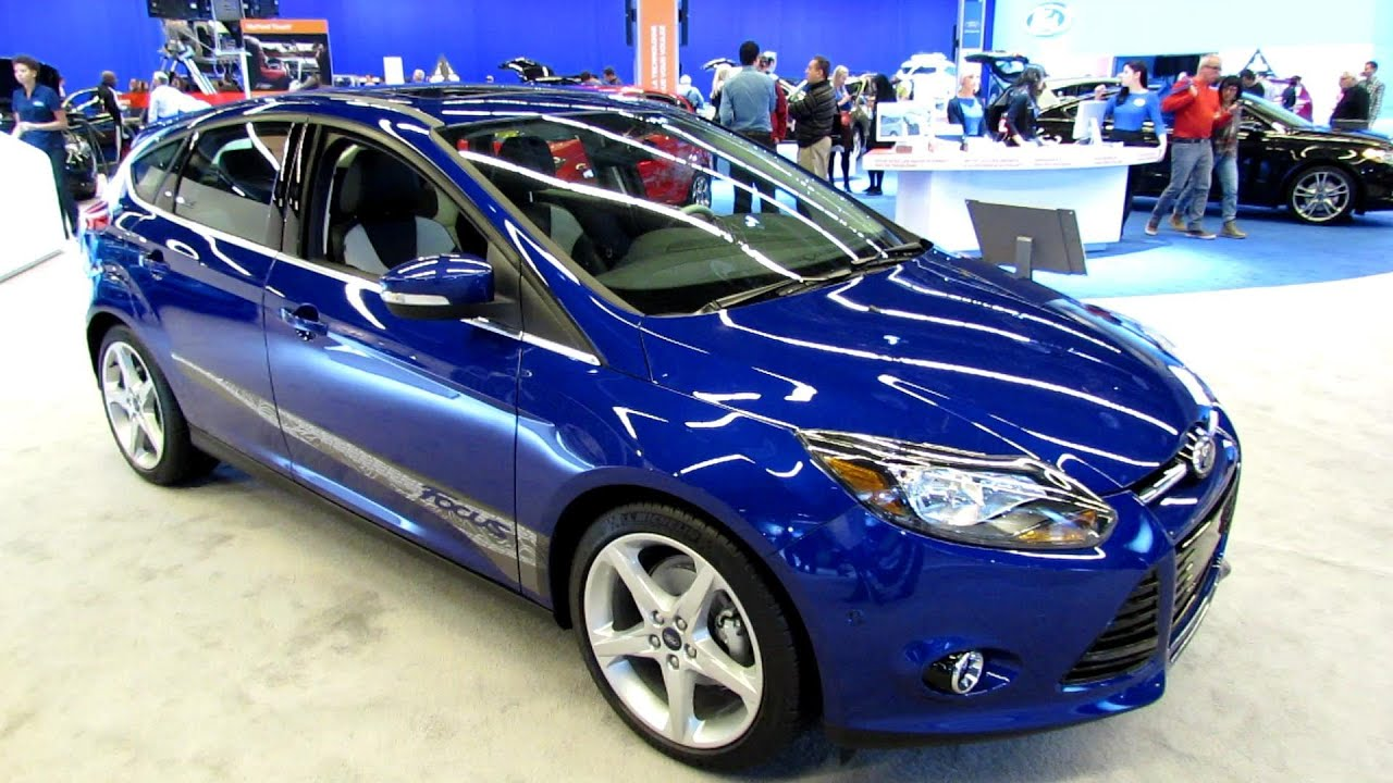 2013 ford focus titanium exterior and interior walkaround 2013 montreal auto show youtube. Black Bedroom Furniture Sets. Home Design Ideas