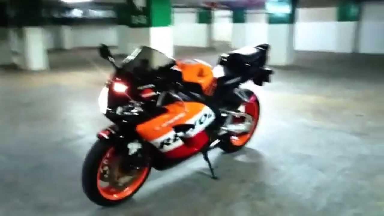 Honda Cbr1000rr Repsol 2006 Youtube