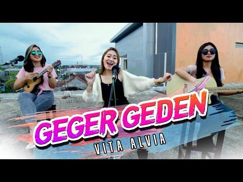 Смотреть клип Vita Alvia - Geger Geden