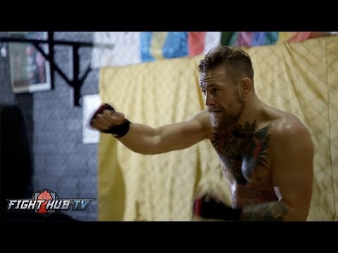 Thumbnail: CONOR MCGREGOR SHADOW BOXING! CAN AWKWARD MOVEMENT BEAT MAYWEATHER!?