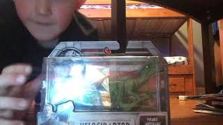 Jurassic world fallen kingdom) velociraptor toy very COOL