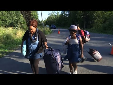 Thousands of Immigrants Fleeing US For Canada