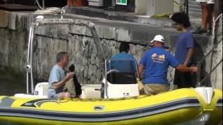 Bill De Blasio a Capri in gommone con il figlio Dante