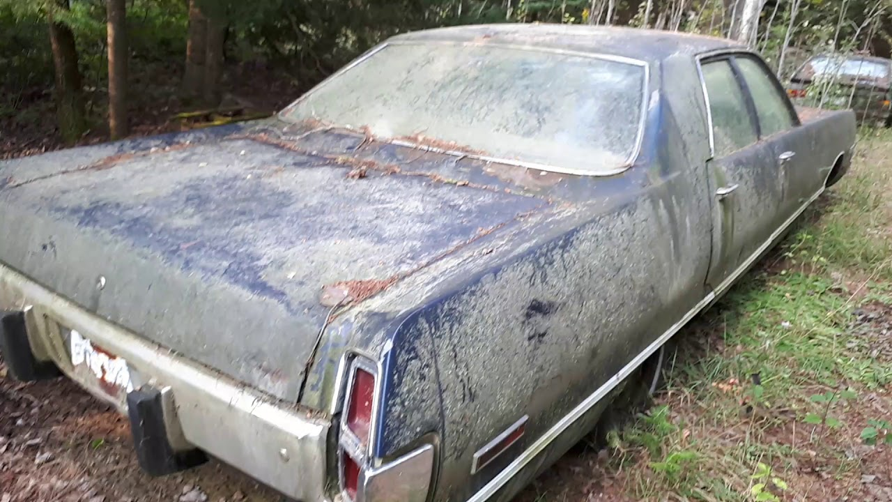 abandoned and rotting 1973 chrysler newport youtube. Black Bedroom Furniture Sets. Home Design Ideas