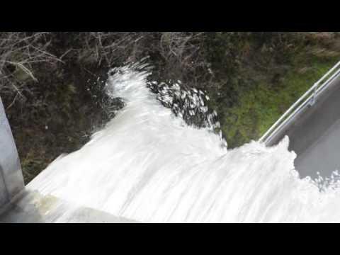 Suma Park dam overflows
