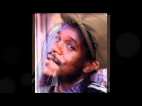 Dennis Brown - Come On Home Woman