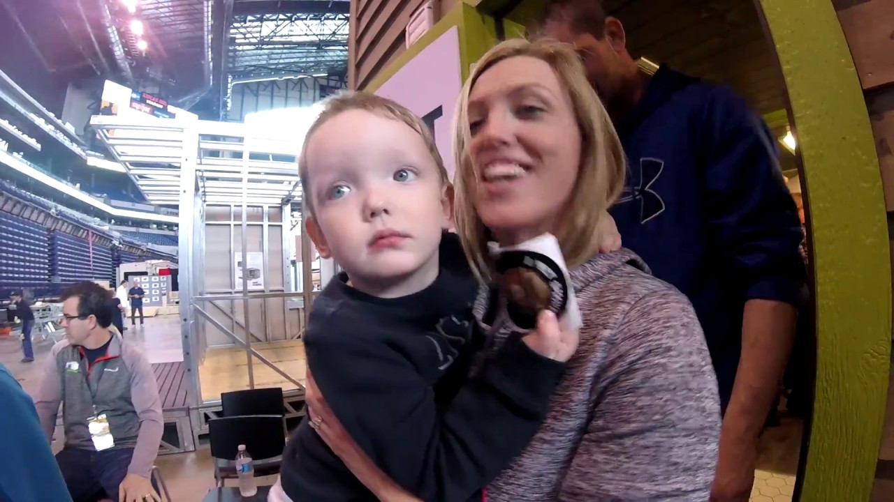 Container Home Indianapolis Home Show Reactions Youtube