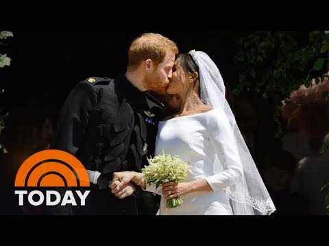 See Prince Harry And Meghans Kiss On The St. Georges Chapel Steps | TODAY