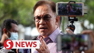 Issue of MP support is not a police concern, says Anwar