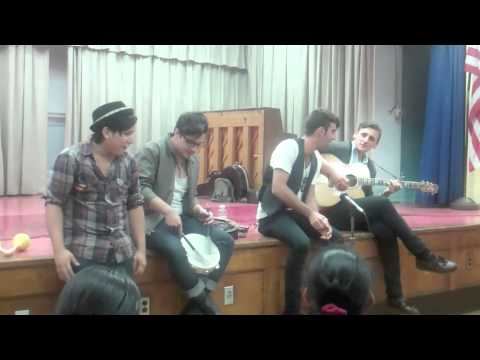 Kids sing Bruno Mars with The Blue Pages at Charity - Education Through Music