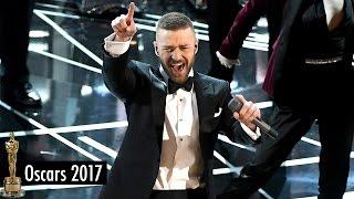 Justin Timberlake Performs