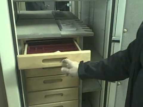 A Gun Safe Interior Long Rifles Gun Storage Jewelry Box