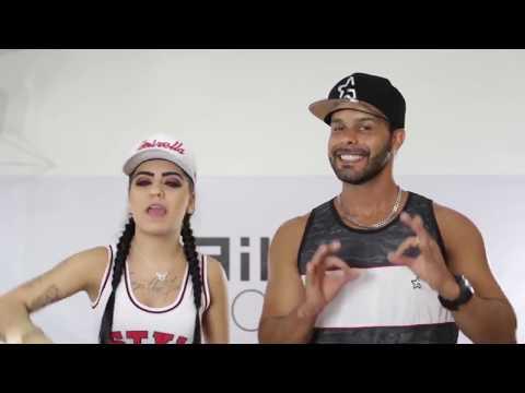 MC Mirella feat  Delano   Coreografia Ela Não é Santa