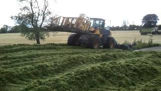mark rickards at the silage 2011 in co meath athboy part 9 the pit second day