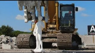 Crushing Garden Statue with a Track Hoe - Sneak Peek (RICHARD'S HAMMOND'S CRASH COURSE)