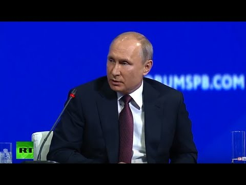 Putin meets with heads of international news agencies at St.