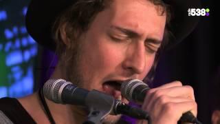 De Avondploeg – Kensington 'Take Me To Church (Hozier cover)'