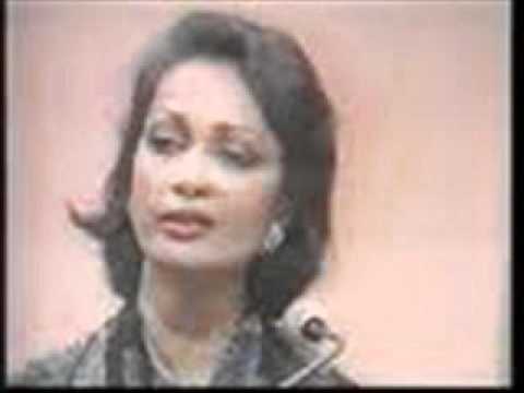Tum Na Janay Kis Jahan- Chitra Singh Live In Pakistan 1979