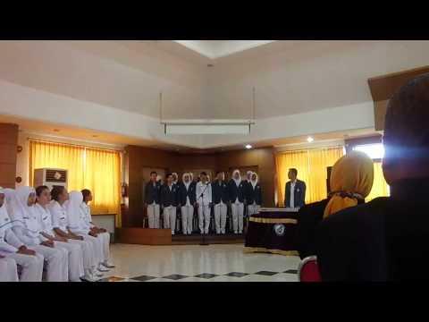 Hymne Universitas Borneo Perform by Akademi Kebidanan UBT