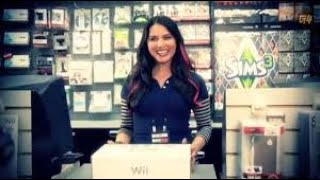 olivia munn in the girl at the video game store