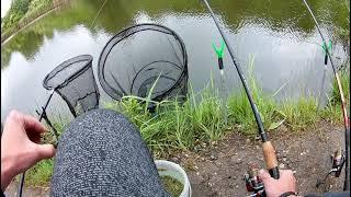Карась и линь на фидер в непогоду Рыбалка на маленьком озере