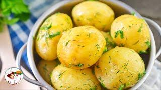 Молодой картофель с укропом и чесноком.