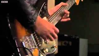 Arctic Monkeys - Katy On A Mission (BBC Radio 1