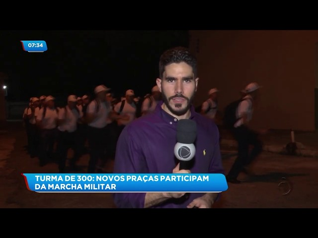 Turma de 300 novos praças participaram de marcha militar