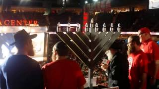 Repeat youtube video The menorah on display for tens of thousands of Houston Rockets fans! #hoopsandhannukah #yjphouston